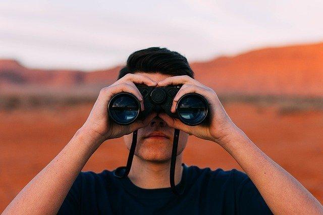 Thich Nhat Hanh, nos vuelve a hablar de la vida y la muerte porque al igual que afrontamos la vida debemos mirar la muerte a la cara